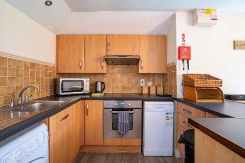 Badger Holiday Cottage Kitchen