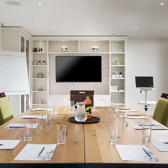 Budock-Vean-Hotel-Meeting-Room-2