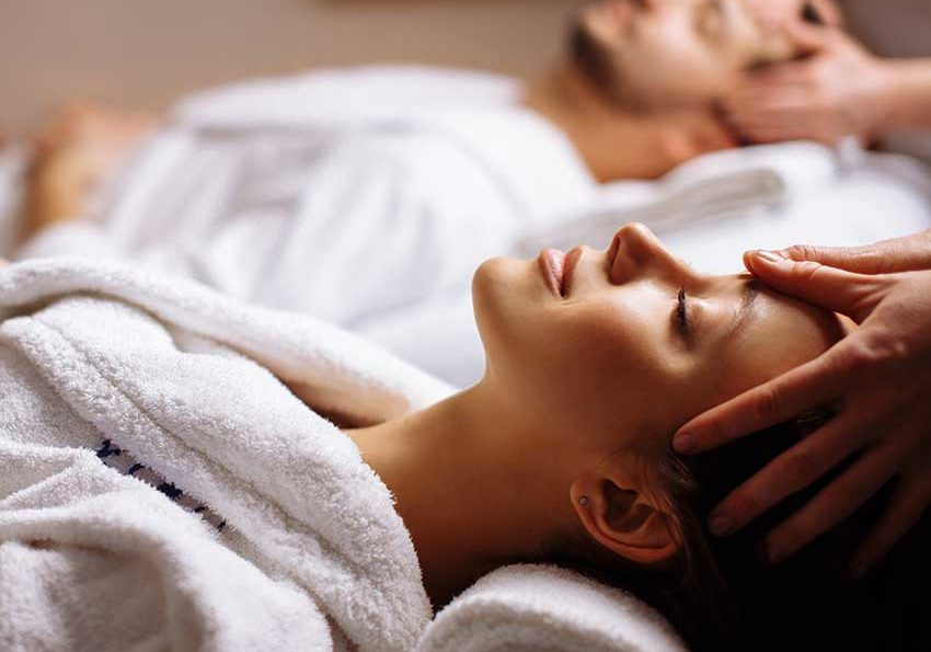 Natural-health-spa-relaxing-massage