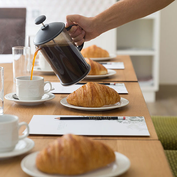 business-meeting-coffee